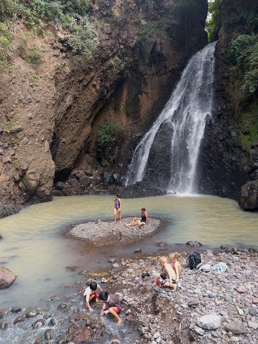 Lovina_Waterfall